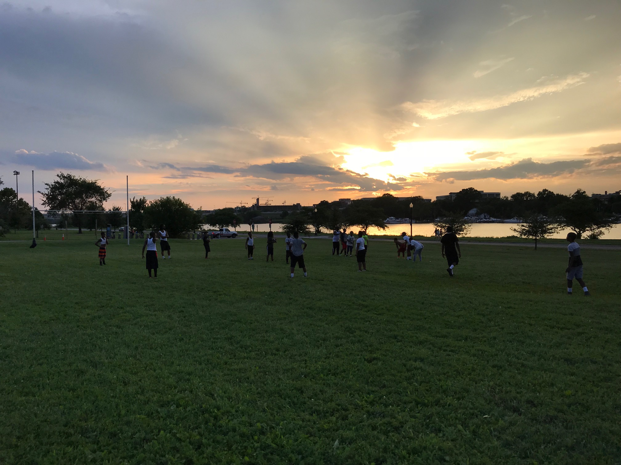 Ana Steelers -- sun set